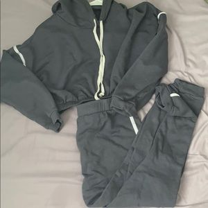 Cropped sweatsuit